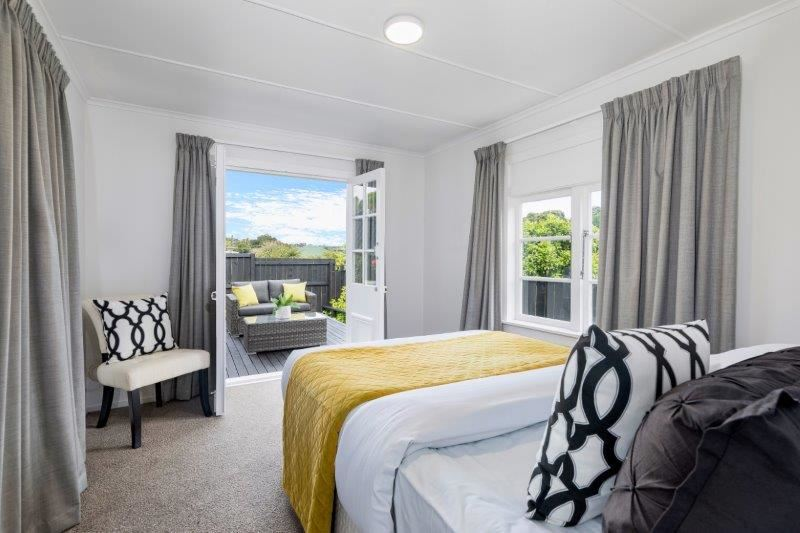 Flat Downstairs - Bedroom 2