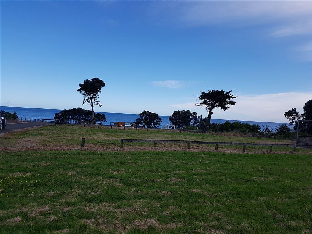 Te Kaha Section with Seaviews