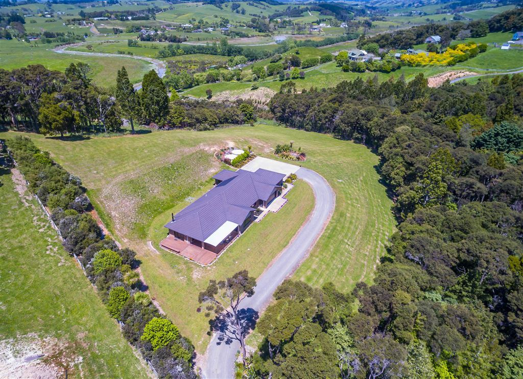 Lifestyle Property: Private, Peaceful & Practical