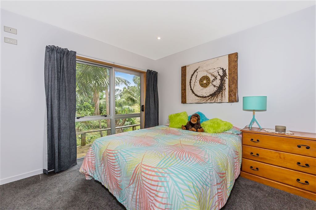 Large double bedroom downstairs