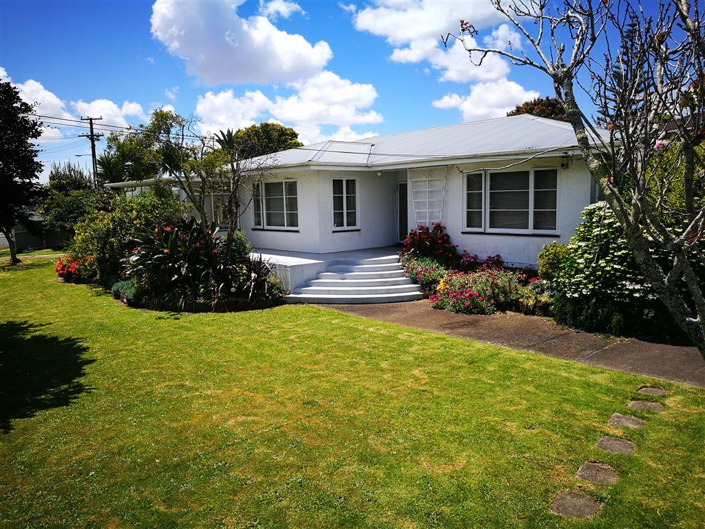 1098m2 Terraced housing Apt zone