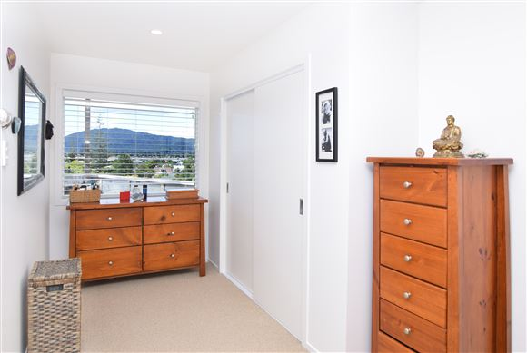 Master bedroom wardrobe/dressing area