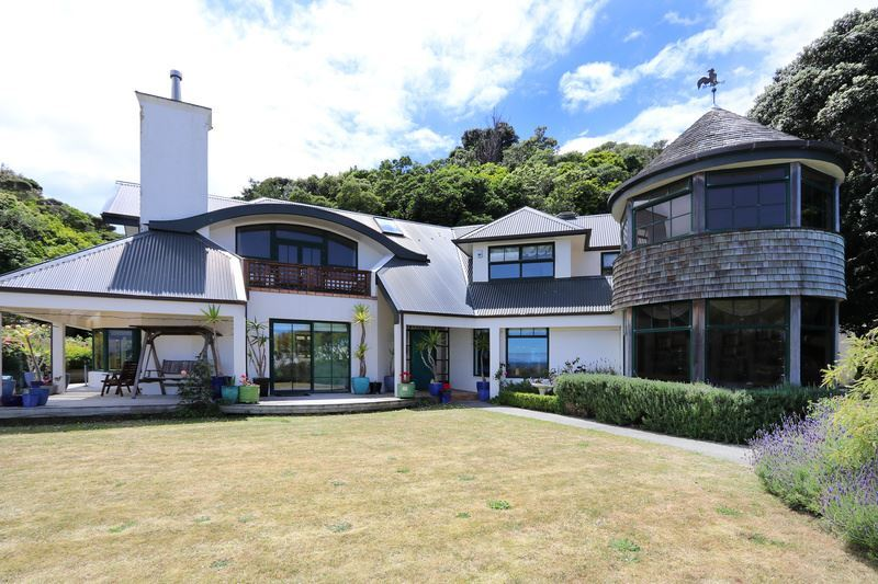Much Admired Prime Waterfront Property - Auction