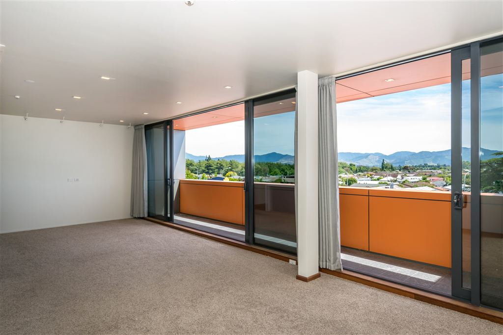 Executive Apartment with Views