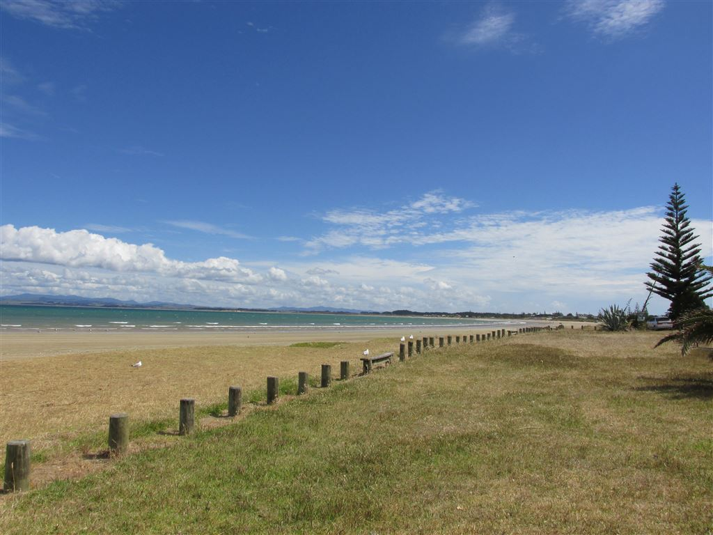 18 Kilometres uninterrupted beach  -photo not taken from section