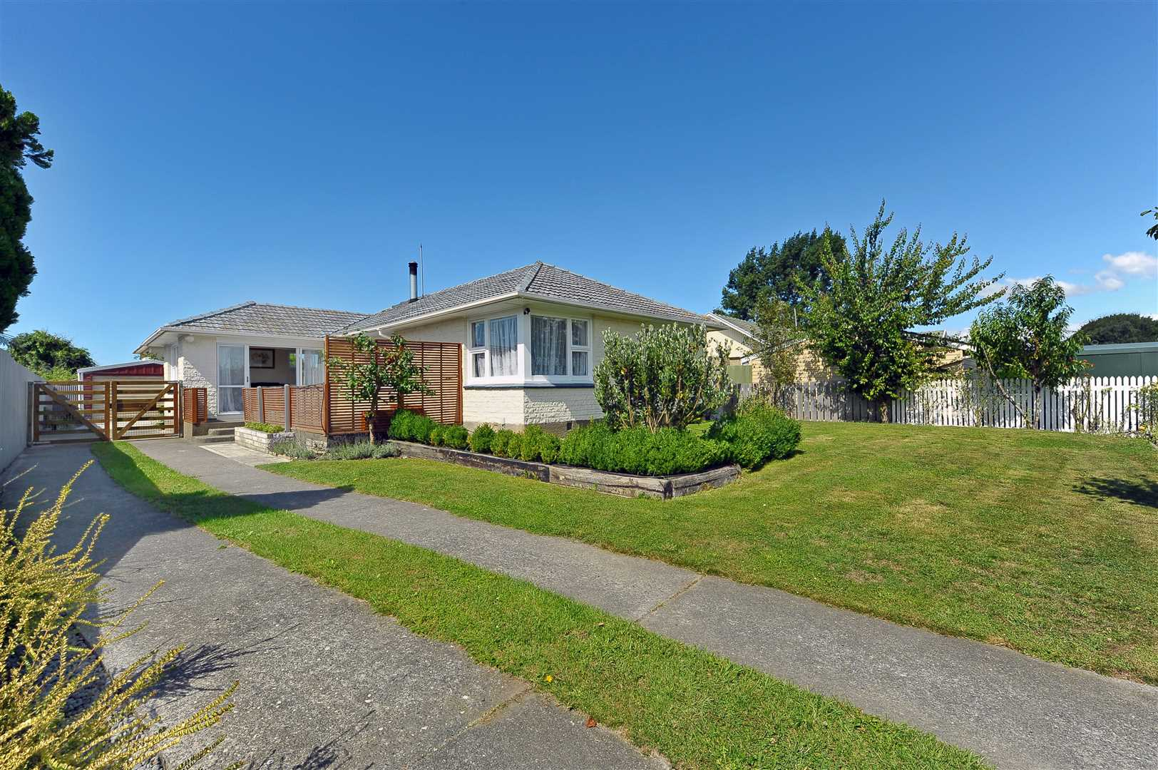 Great Family Living or Investment Opportunity