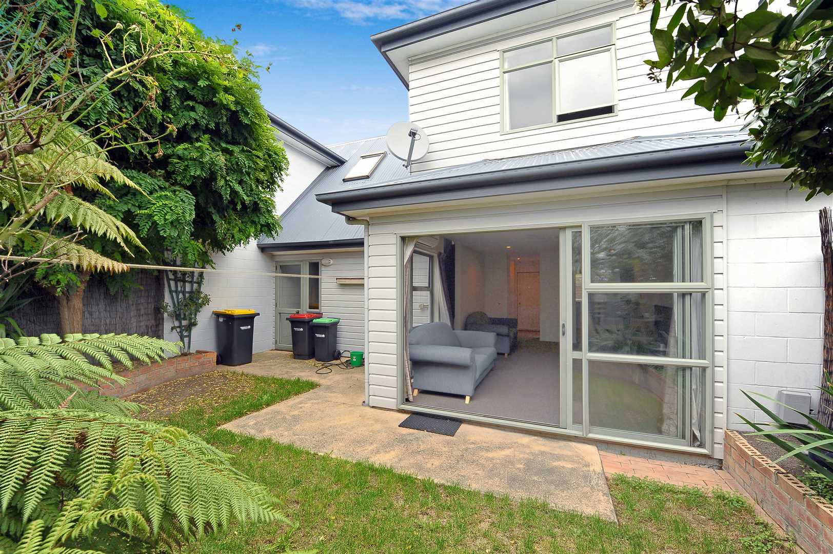 Ideal for first home buyer, singles or investors