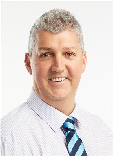 Gordon McNay