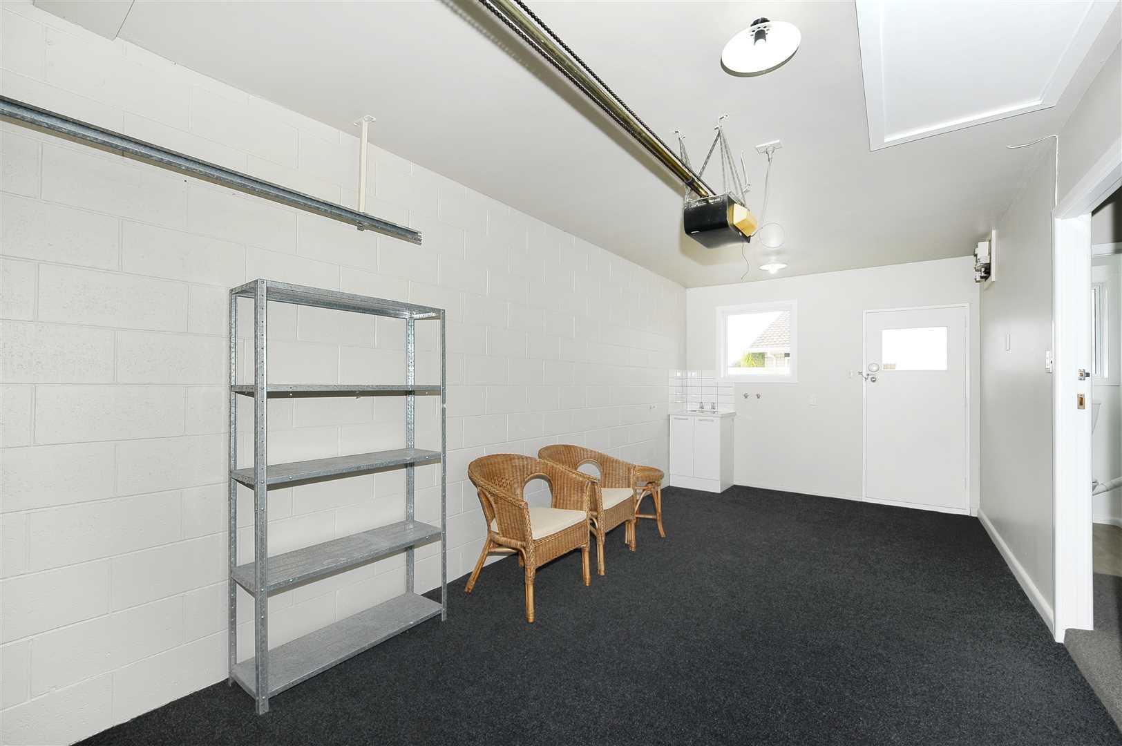 Single internal access garage