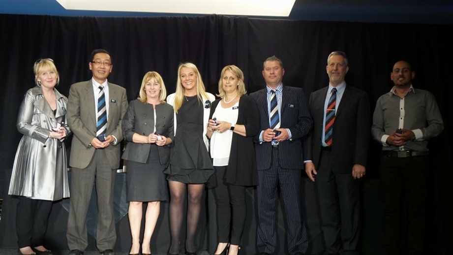 looie james/harcourts cooper and co/awrad winning/rural real estate