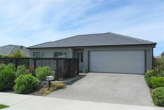 SOLD - 43 Staithes Drive North, Whitby