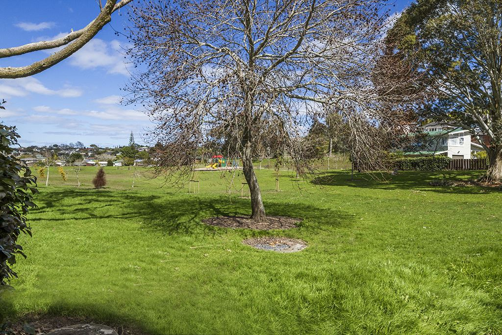 Knightsbridge Park at rear of Property