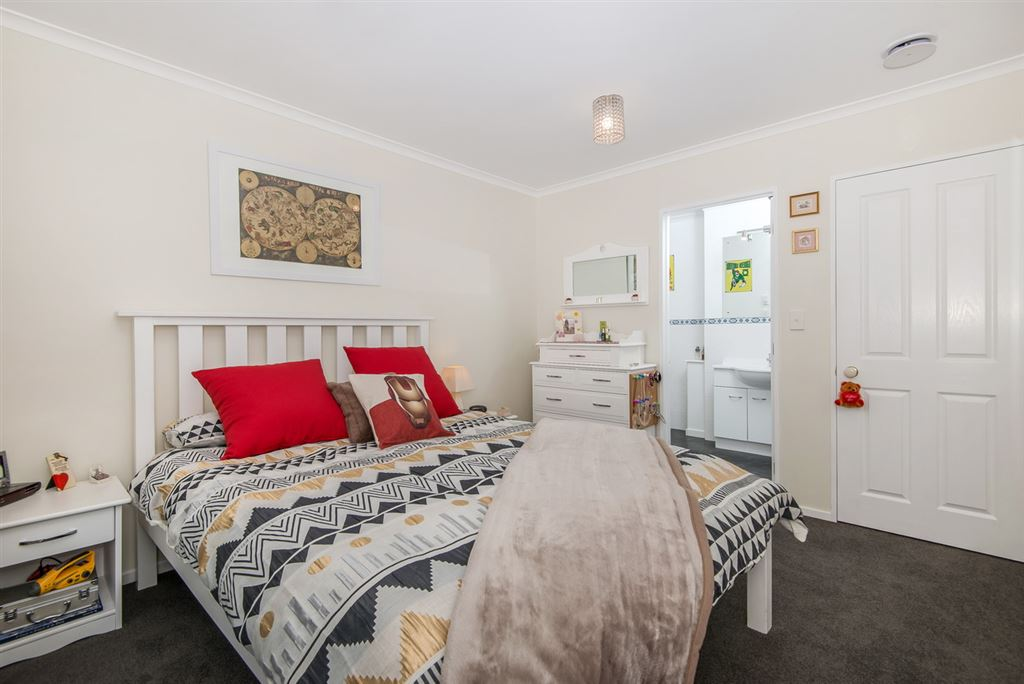 Bedroom 1 and ensuite