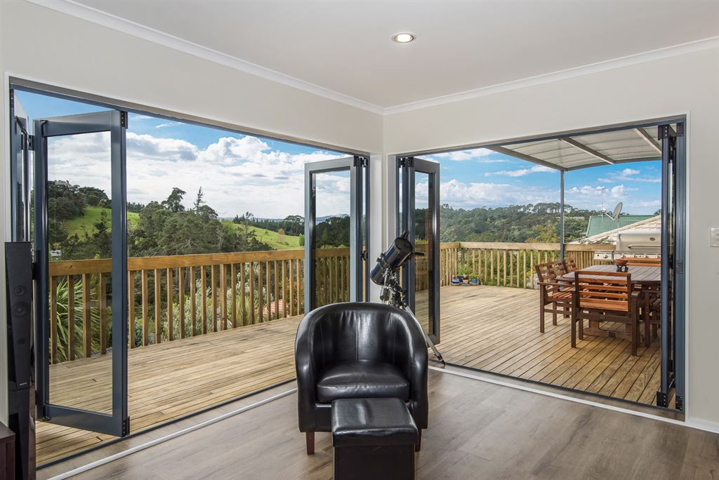 Lounge/deck/view