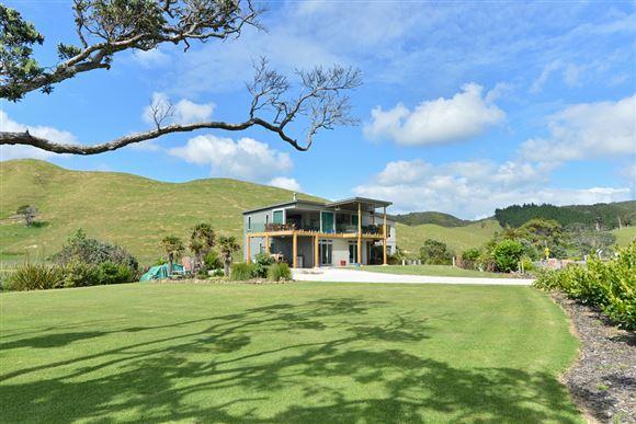 Your Coastal Dream Home