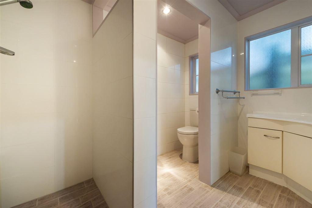 Minor Dwelling Downstairs Bedroom Ensuite Bathroom