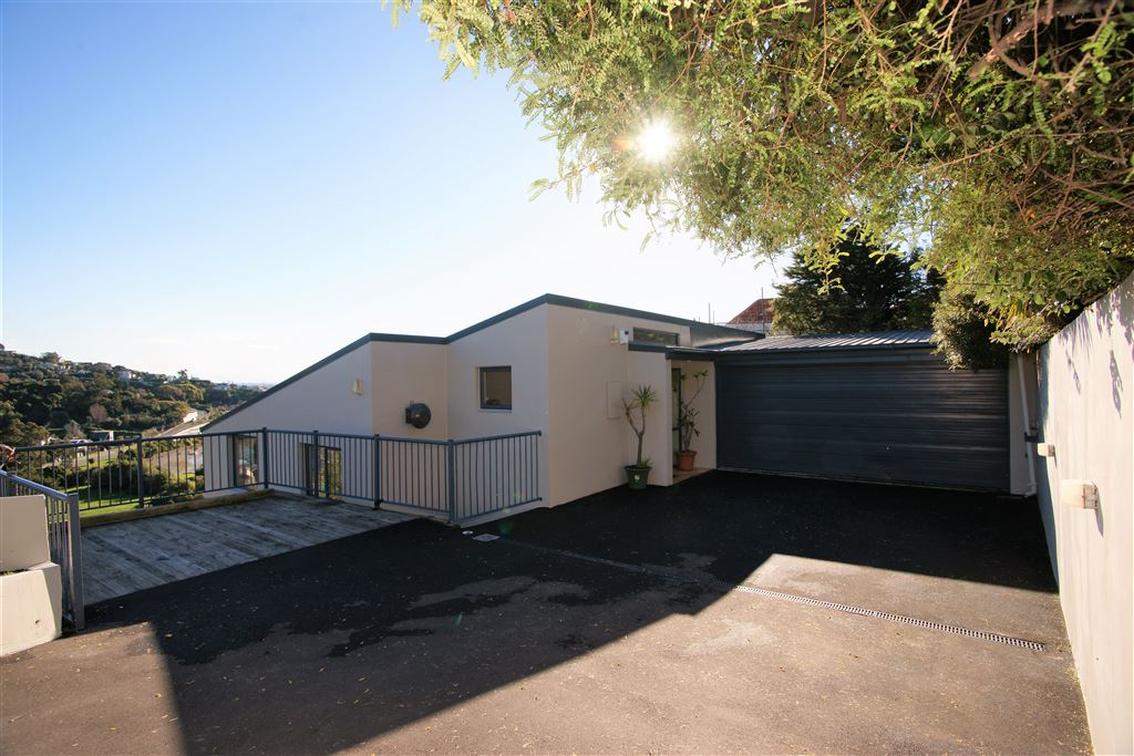 Great easy drive on access, off street parking or turning bay.