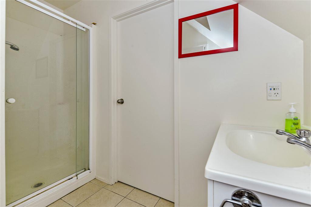 Minor bathroom