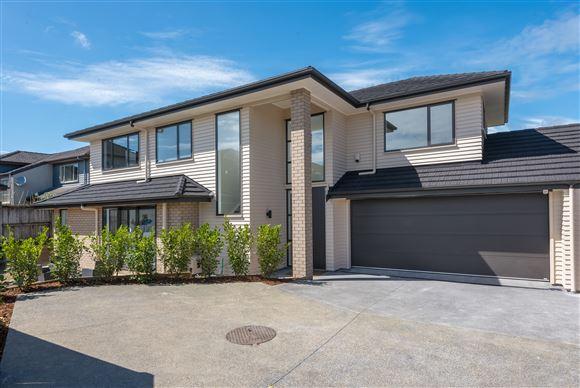 2 New Homes In Prestige Location