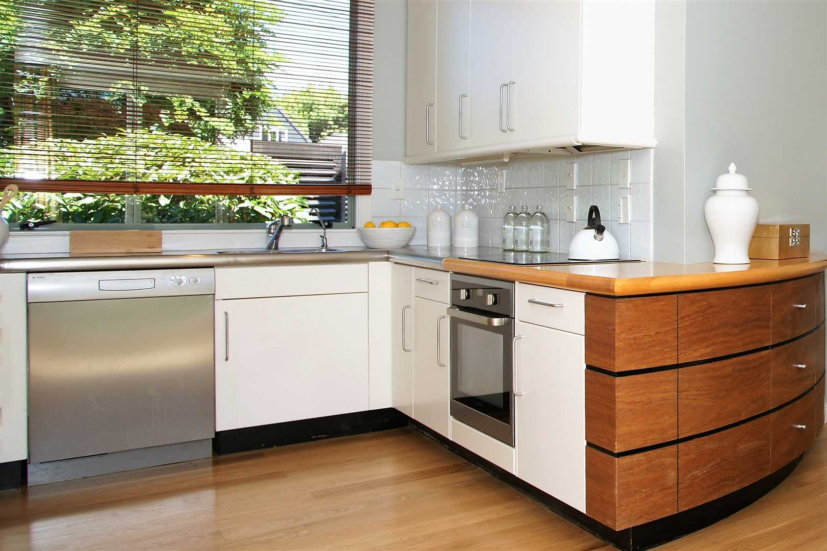 A kitchen with curve appeal