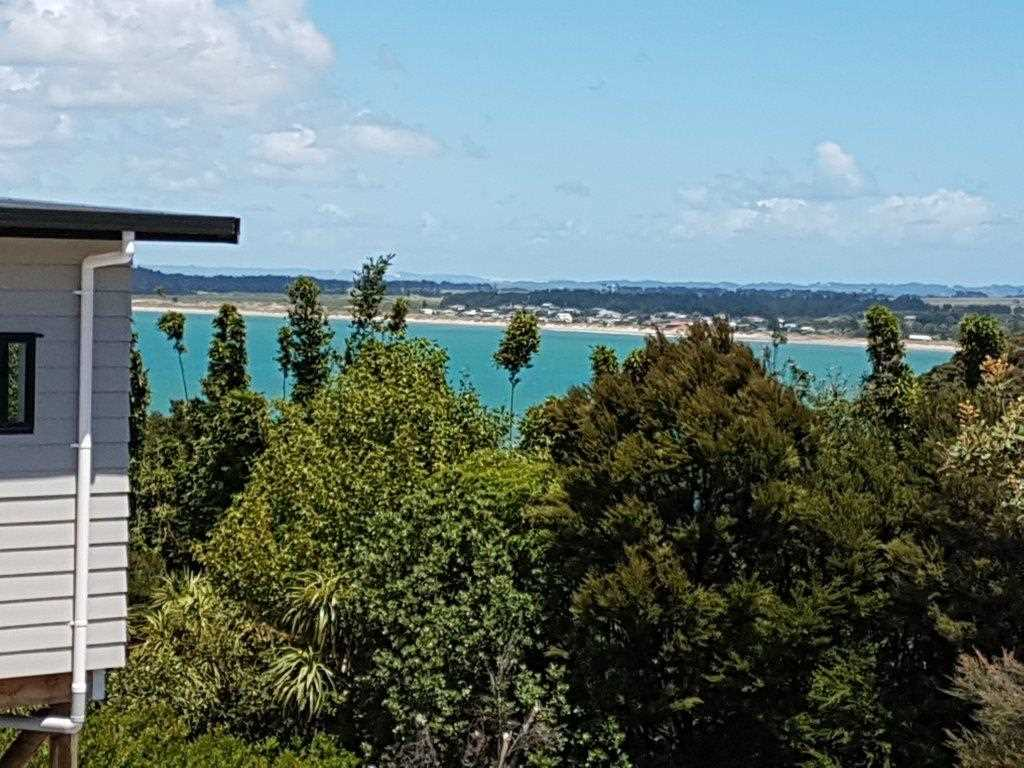 Distant views to Tokerau Beach