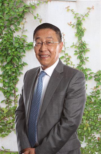 Yimin Guo