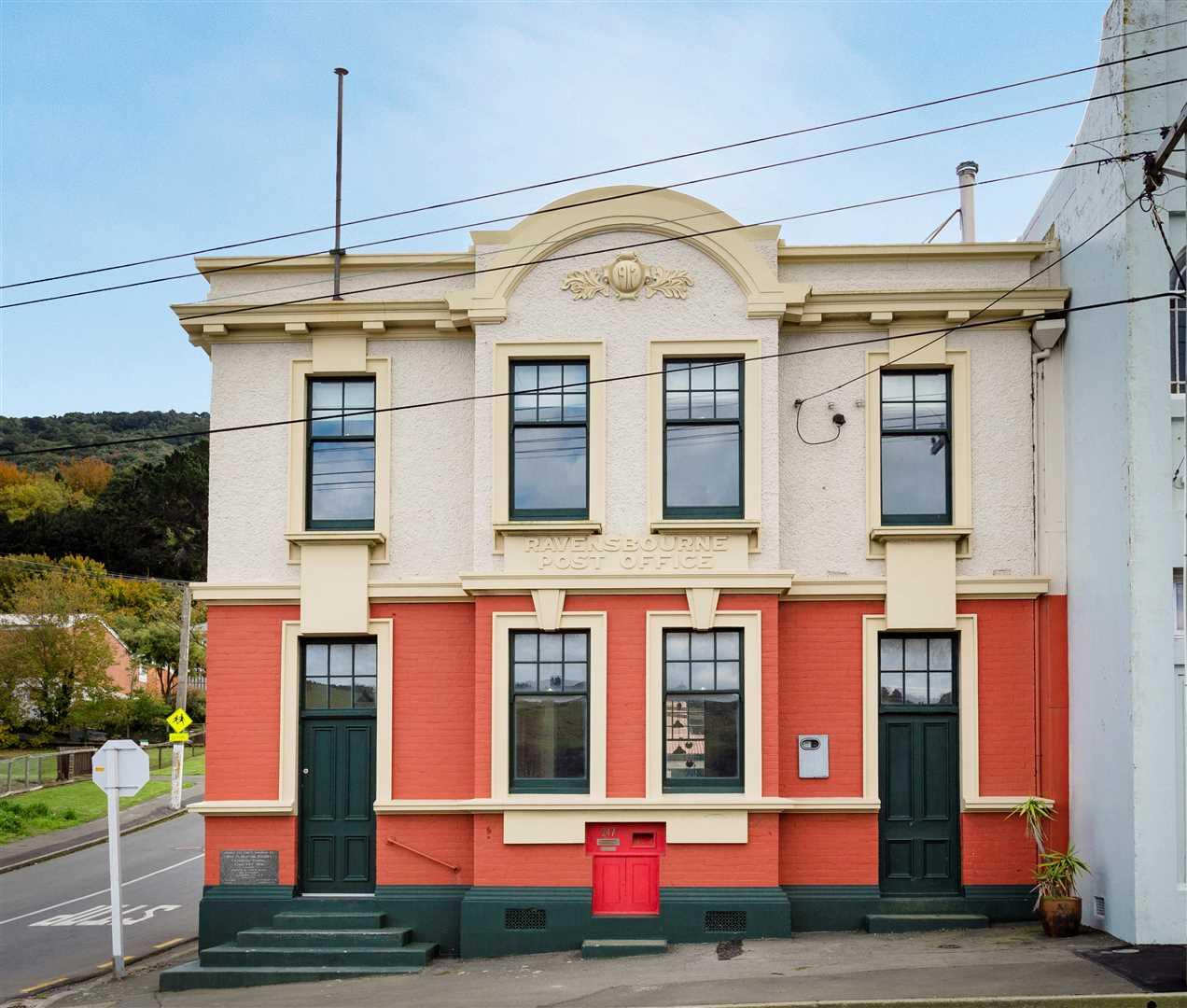 Ravensbourne 247 Road Harcourts Dunedin Old House Wiring Nz 1 Of 22