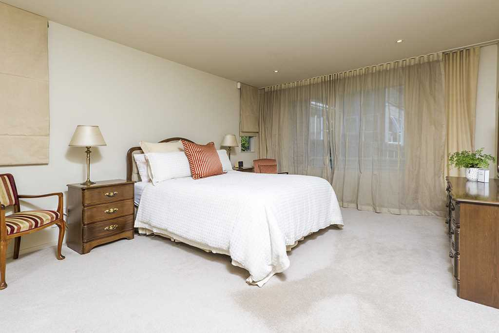 Large and luxurious master suite upstairs