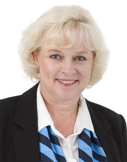 Cathryn van Breda