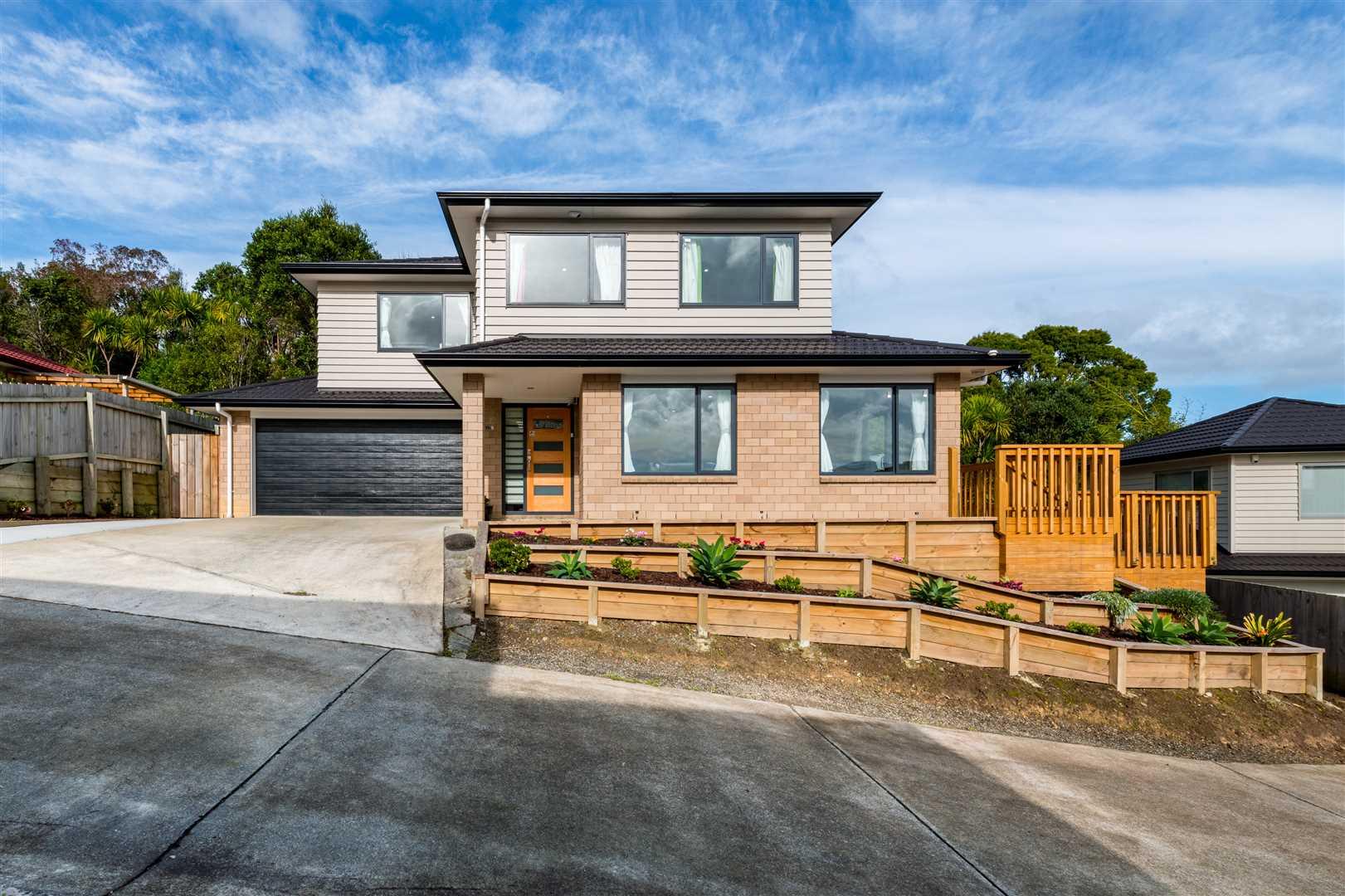 Modern Easy Living - Vendors Moving to Flat Bush