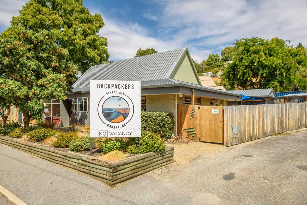 Busy Backpackers + Freehold Land = Solid Opportunity
