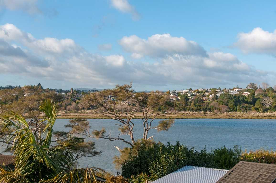 Sunny Bay Serenity