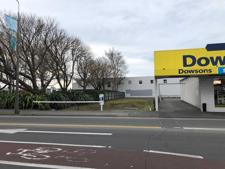 Site is next door to Dowsons