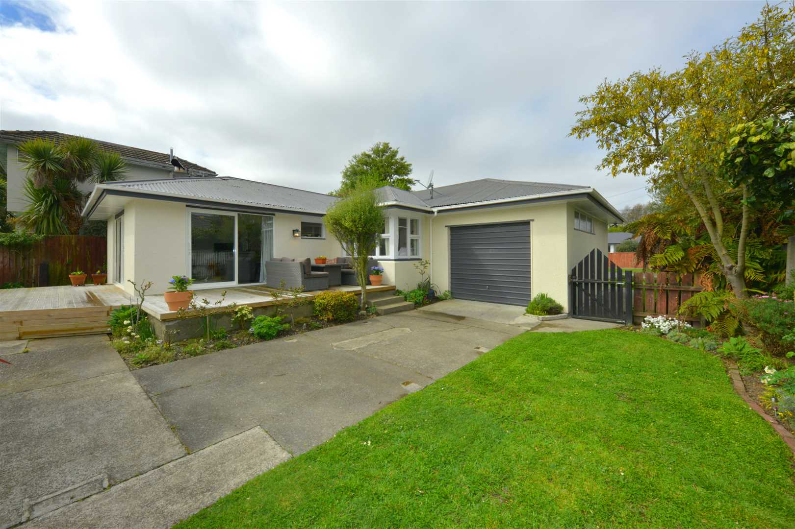 Bryndwr 59 Jennifer Street Harcourts Merivale Plan B Electrical Christchurch 1 Of 13