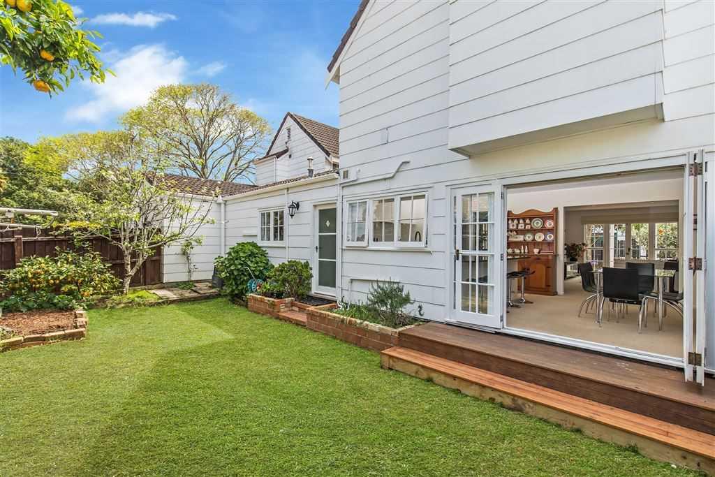 Lovely Family Home Full of Potential! DGZ!