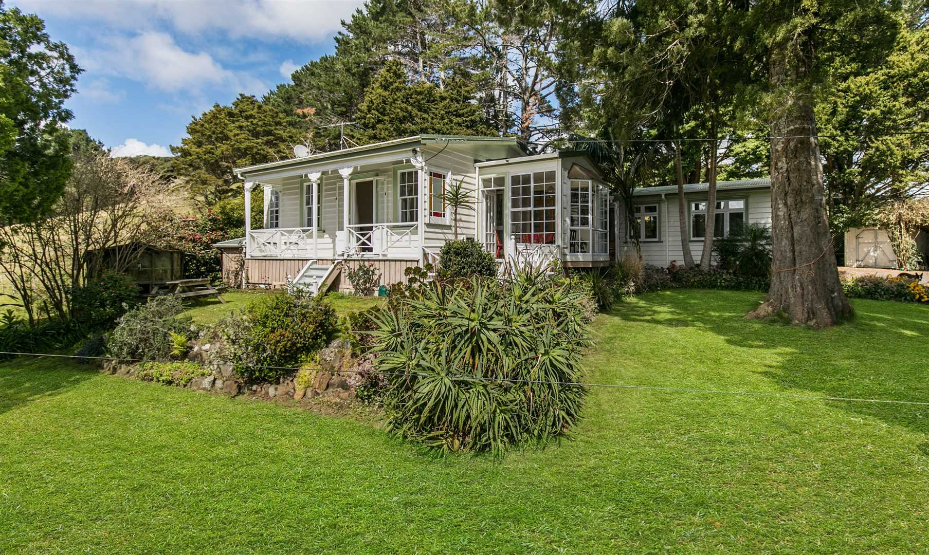 Bethells Valley Lifestyle