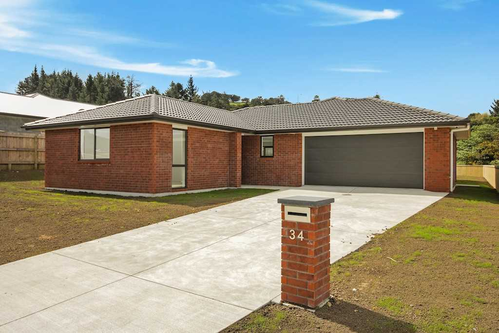 Solid Brick and Tile with 1009 m2 Section