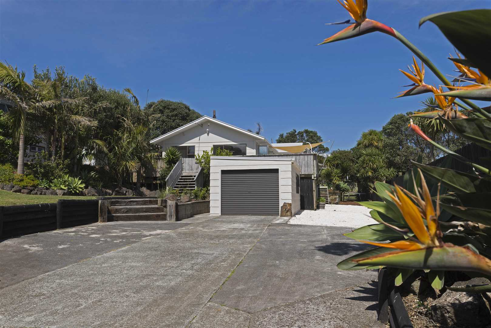 Coastal Entertainer with Development Potential
