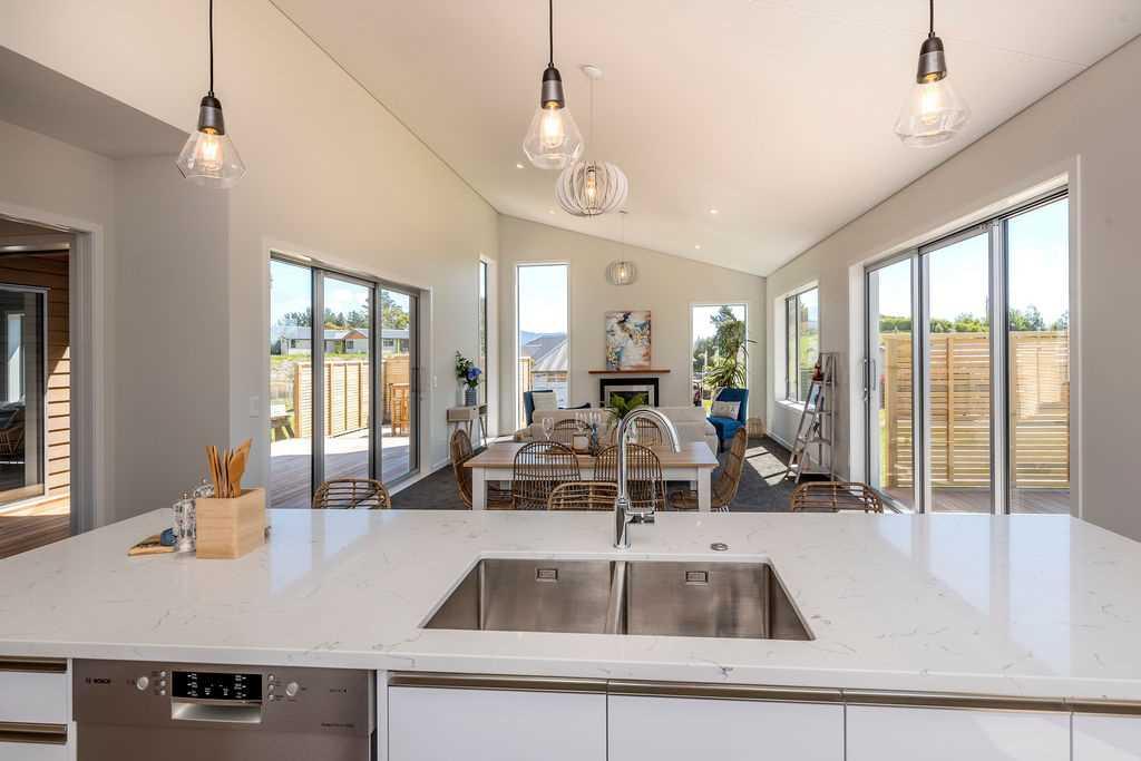Luxurious Living in Waikanae