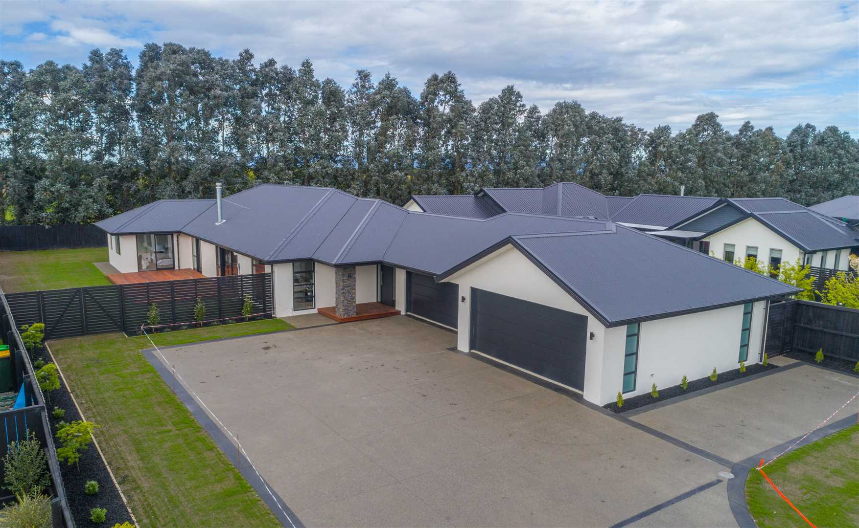 Stop looking, this huge new home ticks all the boxes!
