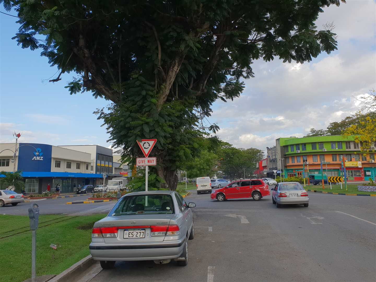 Strategically located opposite ANZ Bank and very close to Tappoo City, Lautoka