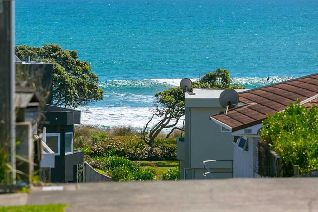 Hamblyn by the Beach  - Estate Sale