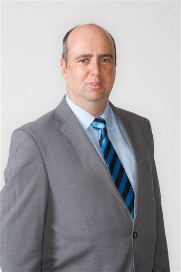 Martin Whangapirita