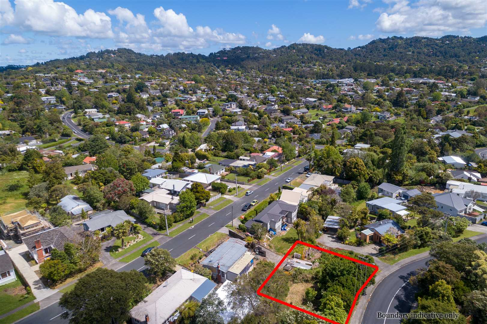 Rare Titirangi Section with Views
