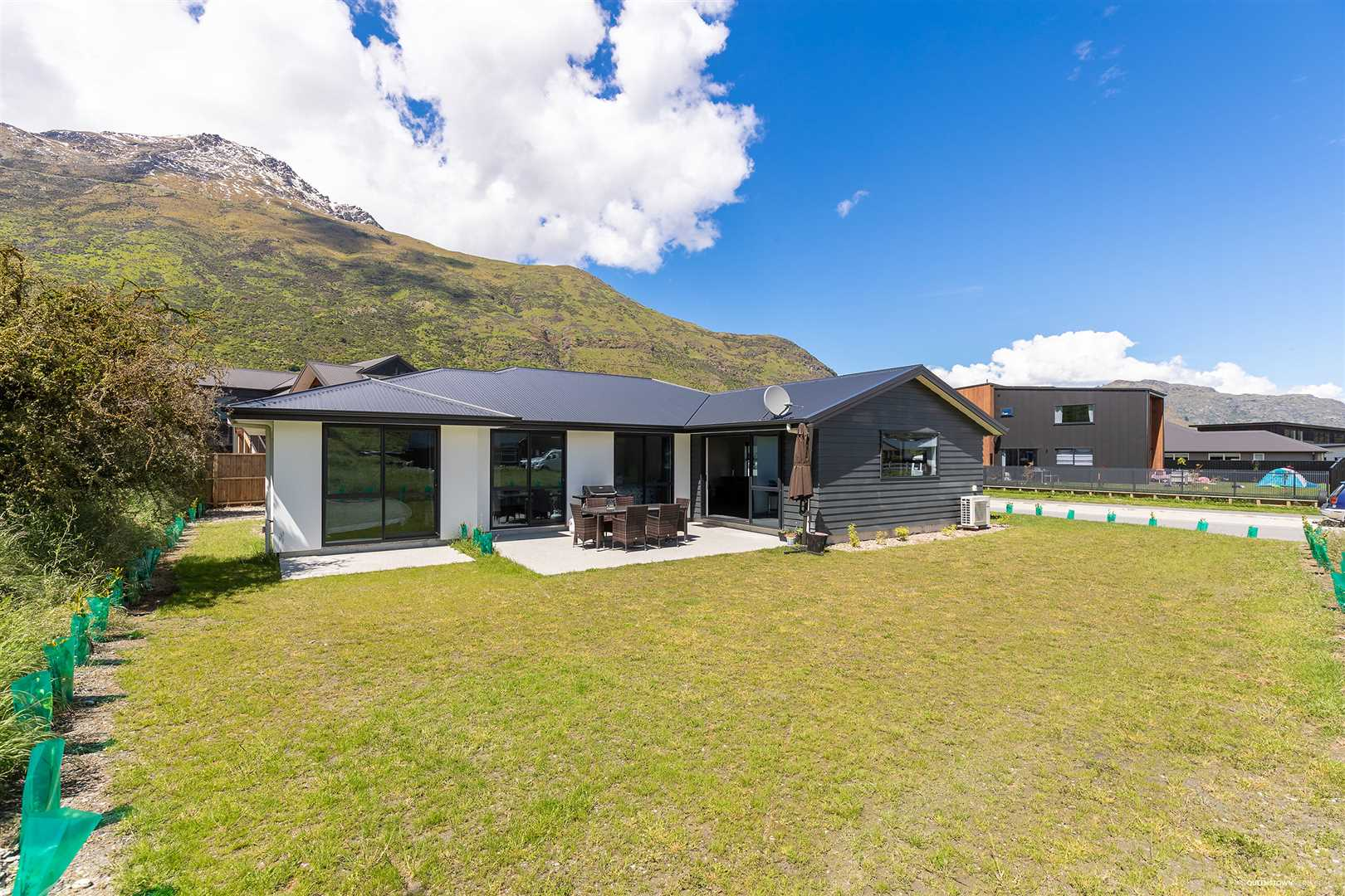 Large Family Home - Shotover Country