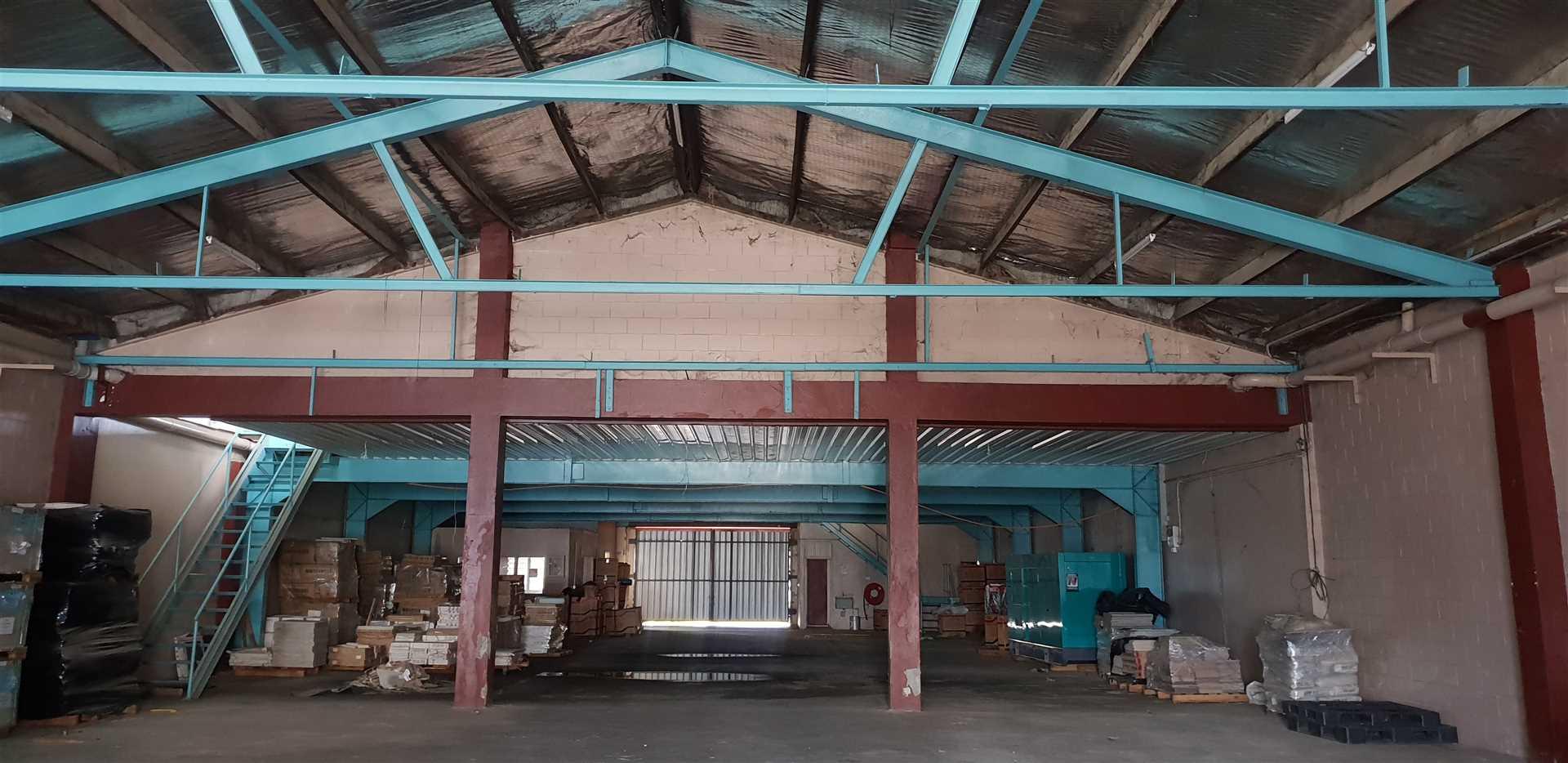 Ground floor area 613.2m2