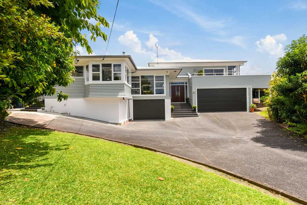 A Super Enhanced Weatherboard Home
