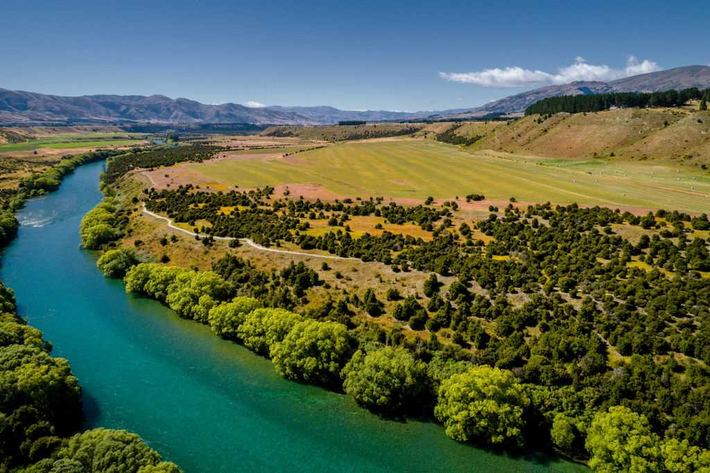 Riverfront Lifestyle Land So Close To Wanaka