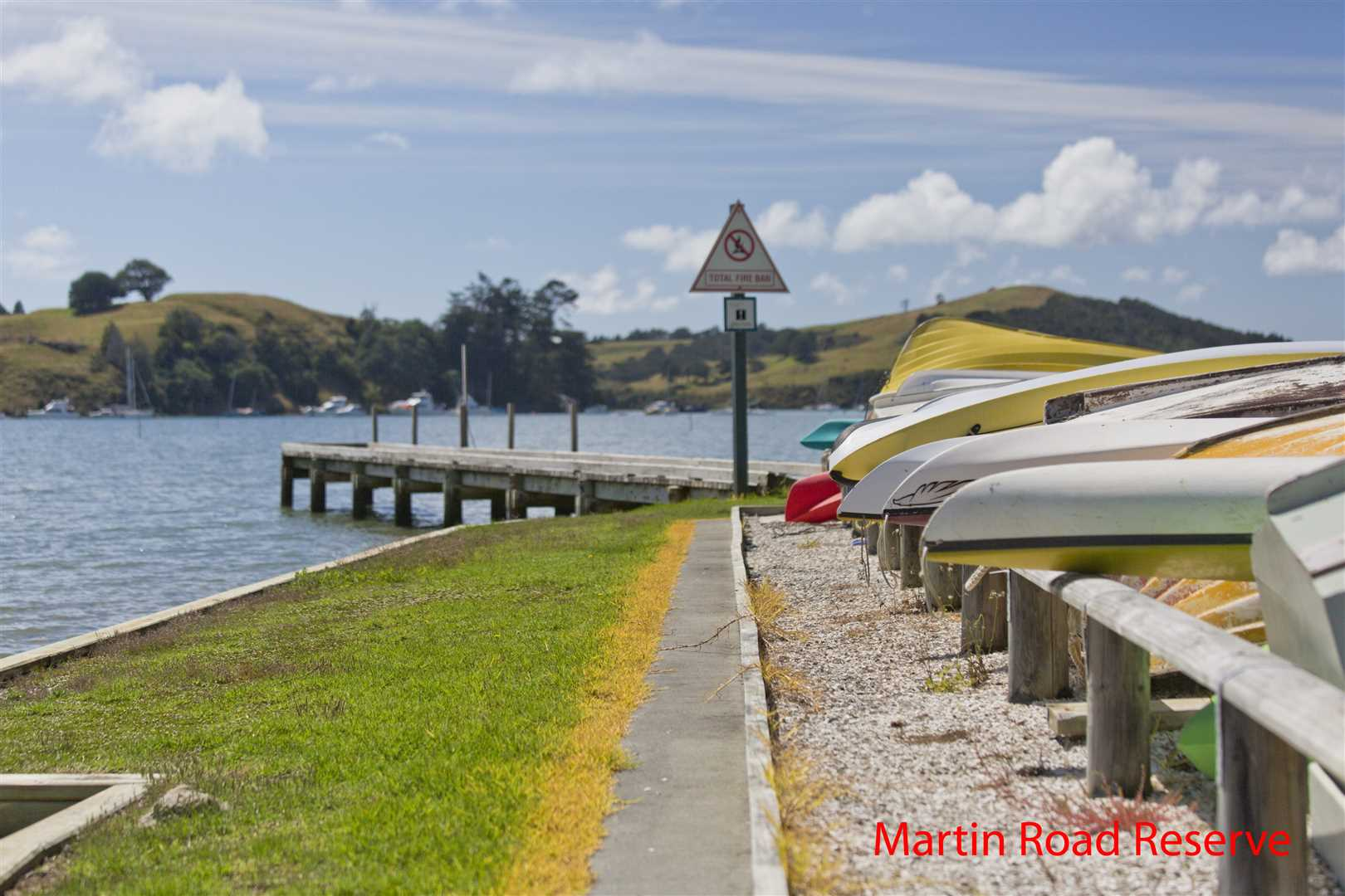 store your dinghy/kayak on community boat rack