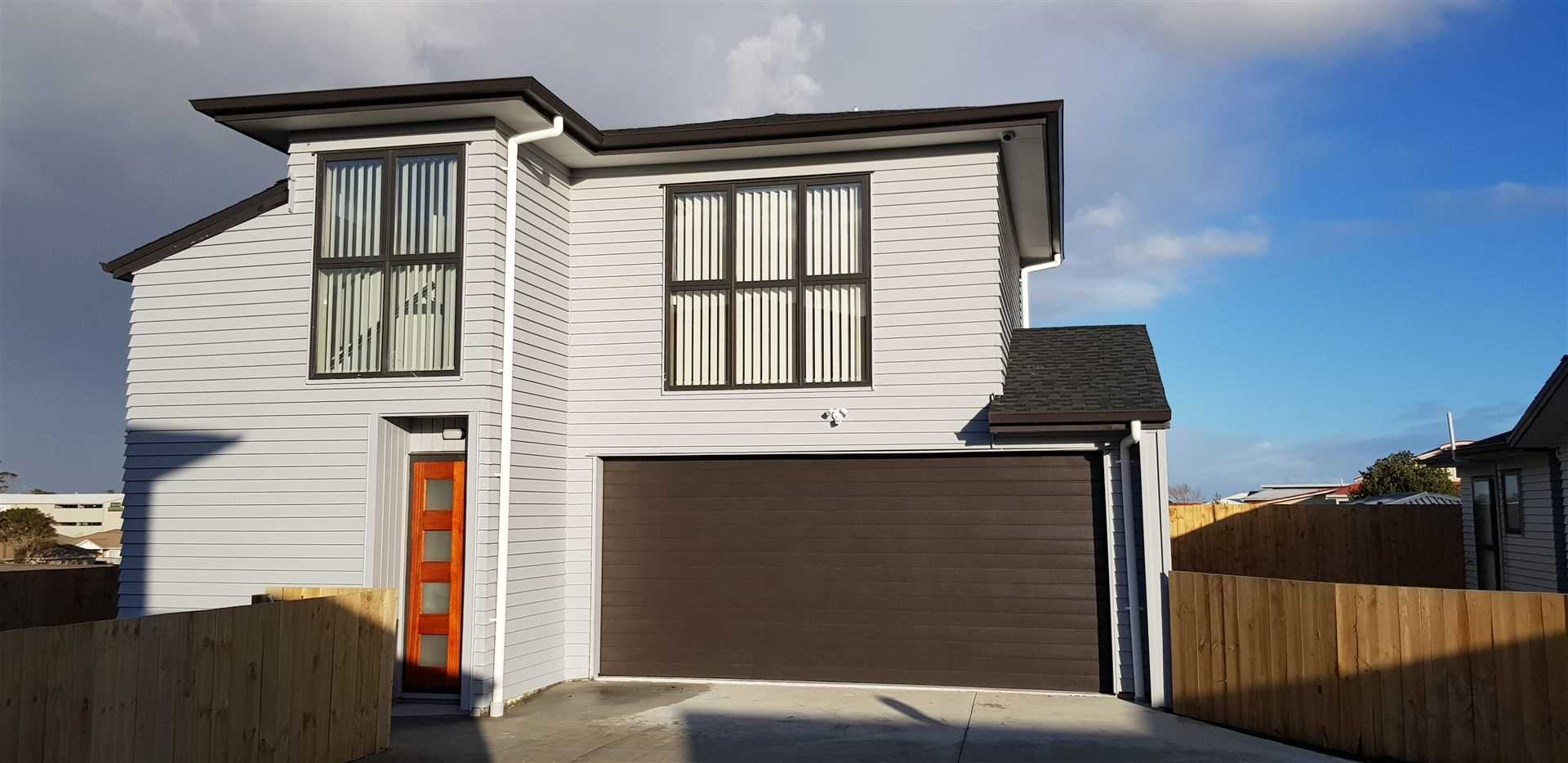 Brand New 2 Level, 4 Bedroom House Up For Grabs!!
